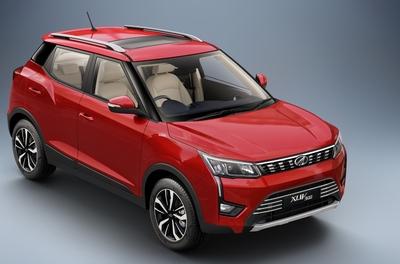 Mahindra launches BS VI compliant XUV300