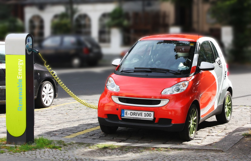 EESL, Ministry of Power, Government of India, Apollo Hospitals, Public charging stations, Hospitals, E-Mobility, Venkatesh Dwivedi, National Electric Mobility Programme, Airborne emissions, Hyderabad, Noida, Ahmedabad, Jaipur, Chennai, Delhi NCR