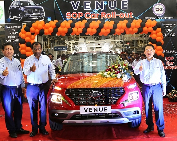 Ganesh Mani, VP, production and SS Kim, roll out the global first, Hyundai VENUE.
