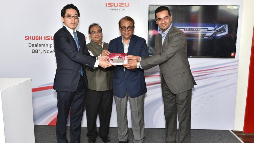 Isuzu Motors India, Takeshi Hirano, Prashant Mandhan, Shubh ISUZU, ISUZU utility vehicles, D-MAX commercial pick-ups, Mu-X SUV