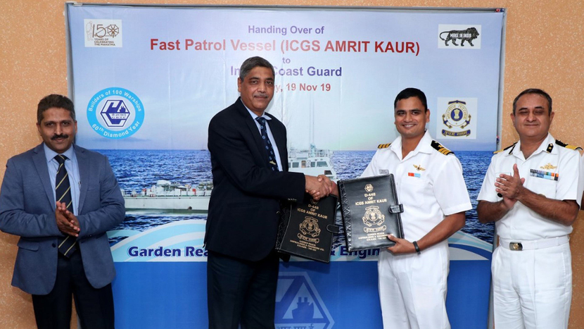 Garden Reach Shipbuilders and Engineers, GRSE, Miniratna Category 1, Fast Patrol Vessel, FPV, VK Saxena, AVW Rao, CGRPS, Kolkata, Ministry of Defence, ICGS Amrit Kaur, Fast Patrol Vessel, Warship ICGS Annie Besant, Indian Coast Guard, Rear Admiral VK Saxena, Commandant (JG) Himanshu Mishra, Commandant AVW Ra
