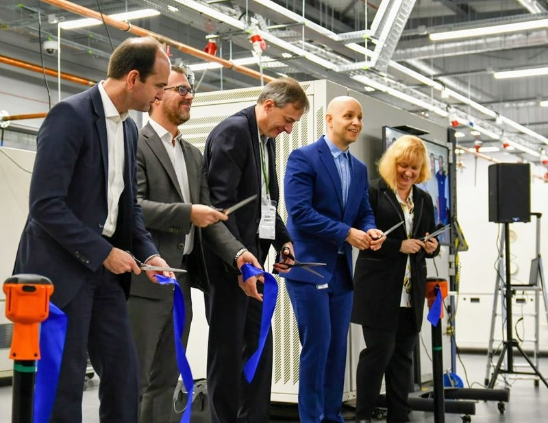 Wabco, Global Test Center, Wroclaw, Poland, Modular Braking Systems Platform, Automated Manual Transmission, Vehicle safety, Rapid prototyping